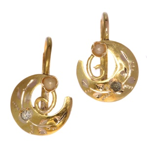 Victorian crescent moon diamond and pearl earrings (ca. 1890)