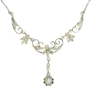 Art Deco diamond bicolour gold pendant and necklace (ca. 1920)