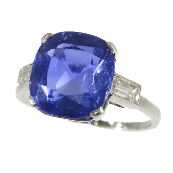 Untreated natural sapphire and diamond platinum ring