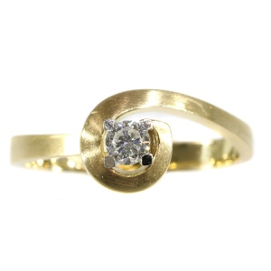 Strong design diamond gold engagement ring - anno 1970
