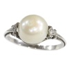 Vintage platinum ring with big pearl and rose cut diamonds