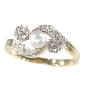 Late Victorian diamond and pearl cross over ring