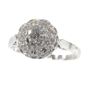 Vintage engagement ring 1950 s platinum and brilliant cut diamonds