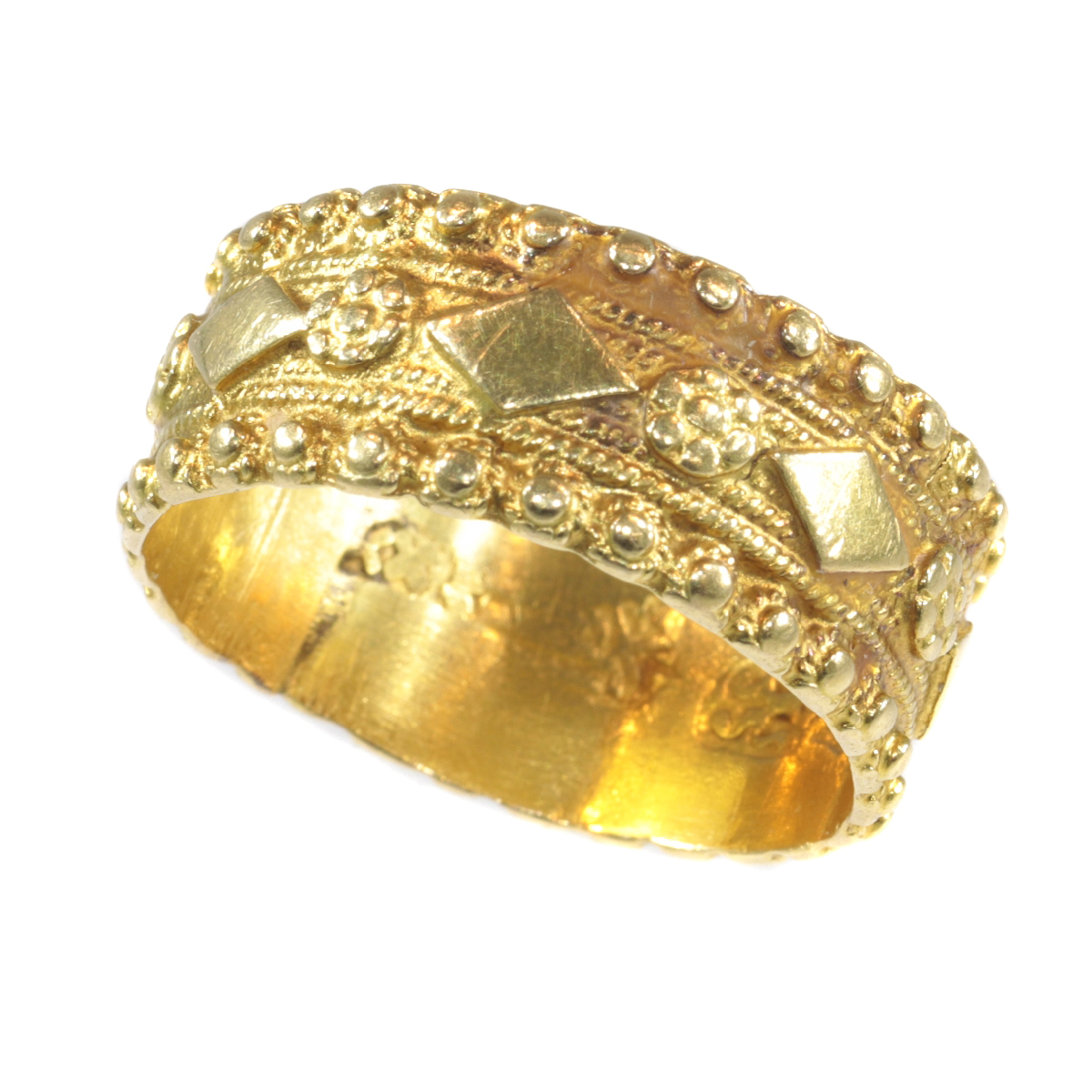 Late 18th Century Dutch gold ring hallmarked with Amsterdam hallmarks