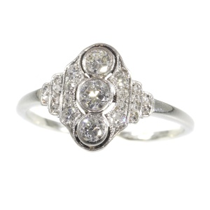 Vintage Art Deco Interbellum diamond engagement ring