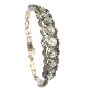 Typical Dutch rose cut diamond bracelet in Victorian style with large rose cuts