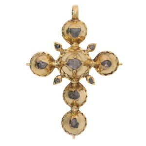 Pre Victorian antique gold cross with foil set rose cut diamonds
