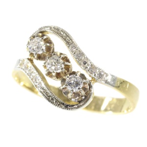 Elegant Belle Epoque diamond ring