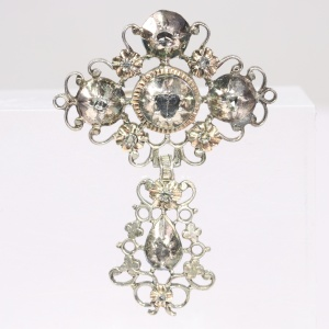 Victorian antique silver brooch with rose cut diamonds