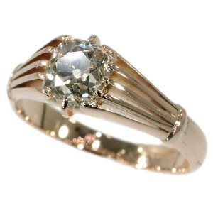 Victorian antique engagement ring with big cushion cut old mine cut diamond
