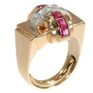 Stylish Retro red gold Cocktail ring with diamonds and rubies