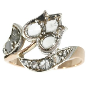 Antique ring Victorian with diamonds tulip motif
