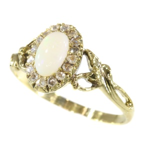 French antique Art Nouveau gold ring with rose cut diamonds and opal