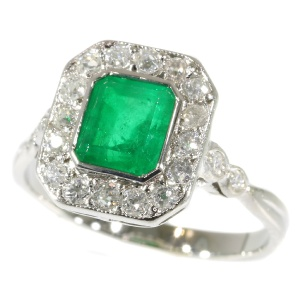 Most charming Art Deco platinum diamond engagement ring with Brasilian emerald