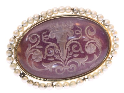 Antique etched glass gold brooch with seed pearls - anno 1900
