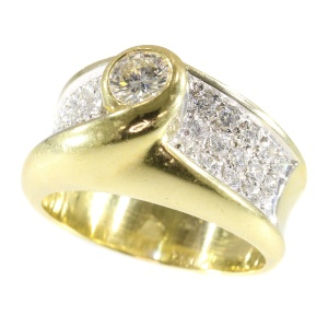 Classic stylish diamond unisex ring (ca. 1980)