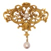 Aesthetic Victorian gold brooch pendant with angels head and diamond