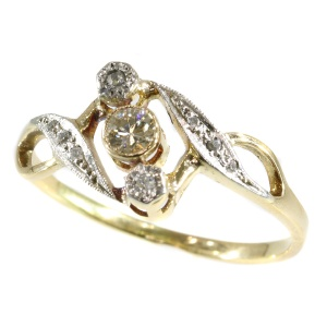 Vintage diamond Art Nouveau ring