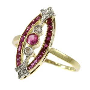 Antique Art Deco ring with diamonds and rubies