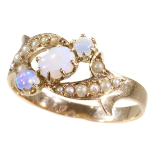Real antique Victorian pink gold ring with opals and pearls