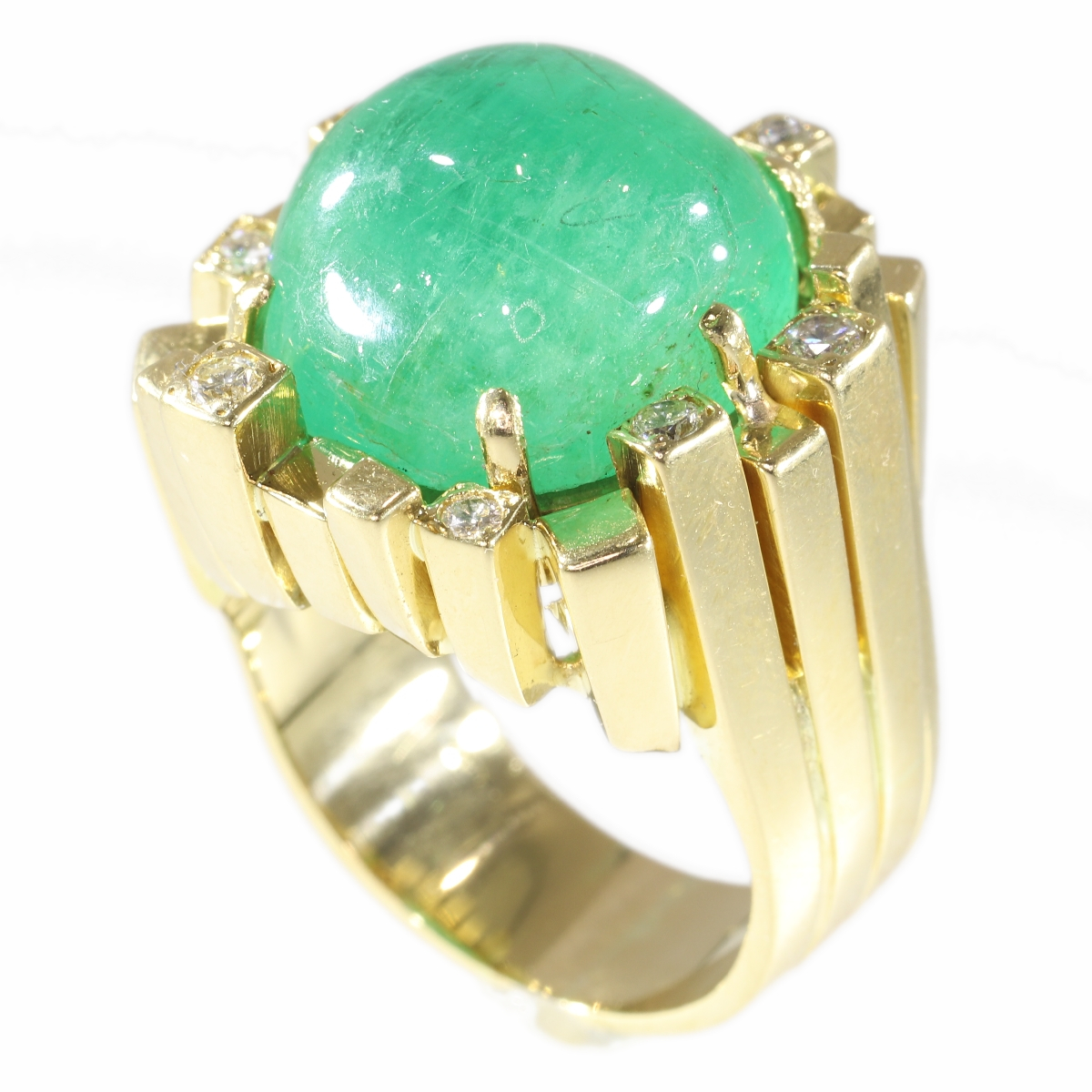 Vintage Seventies Modernistic Artist Design ring with large emerald and diamonds