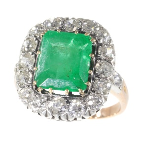 Victorian ring with old mine brilliant cut diamond and large emerald