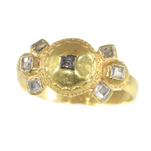17th Century Antique Baroque diamond gold ring