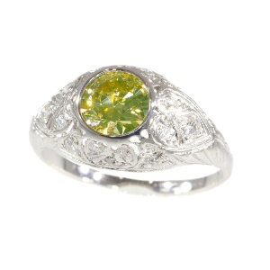 Vintage Fifties Art Deco engagement ring with natural fancy colour brilliant